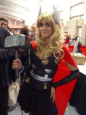 Cosplay de Thor Girl, à la New York Comic Con 2012.