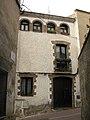 115 Casa al c. de Dalt 15, des del c. Sant Joan (Olesa).jpg