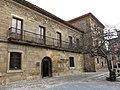 143 Casa Jove-Labandera, Museo Casa Natal de Jovellanos, pl. Jovellanos 2 (Cimavilla, Gijón).jpg