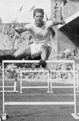 Athletics at the 1912 Summer Olympics – Men's 110 metres hurdles - Image: 1912 Athletics men's 110 metre hurdles Frederick Kelly