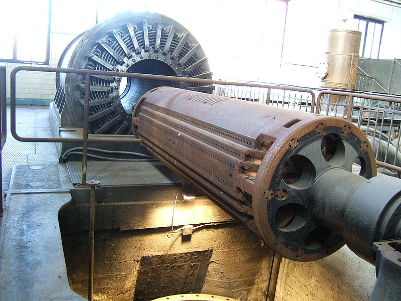After its closure, Zwevegem Electric Power Plant became a museum for the electricity company. New management decided however to close the museum and to destroy the plant and develop the land. Luckily, it has now been saved and restoration is under progress