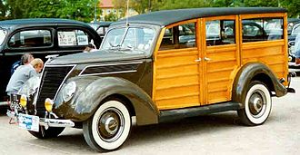 Woodie (car body style) - Image: 1937 Ford Model 78 780 De Luxe Station Wagon
