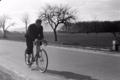 1950 Gerhard Dierssen Radrennfahrer Heinrich Schwarzer.png