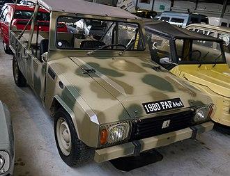 Citroën FAF - Image: 1980 Citroën FAF A4x 4, at Conservatoire Citroën