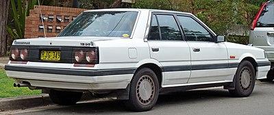 400px-1988-1990_Nissan_Skyline_%28R31%29_Ti_sedan_02.jpg