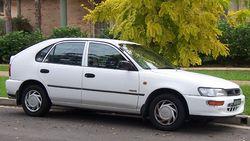1994-1996 Holden LG Nova SLX hatchback 01.jpg