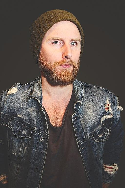 2.Jonas Dahl, sanger og sangskriver i bandet Sonja Hald. (farve)