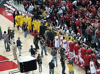 2009–10 Michigan Wolverines men's basketball team - Wolverines shake hands with Wisconsin after a 54-48 loss in Madison, WI. (2010-01-20)