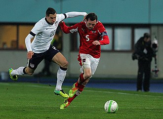 Geoff Cameron - Cameron (left) playing for the United States in 2013