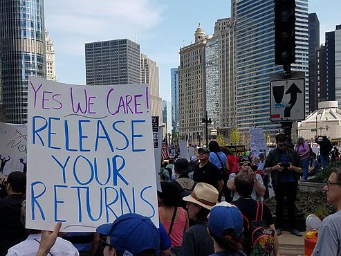 2017 Tax Day March in Chicago 7.jpg