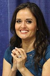 Danica McKellar – Wikipedia