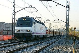 Catalan Talgo - Barcelona–Cerbère railway: Locomotive 252.075 with the Catalan Talgo in Mollet del Vallès (Spain).