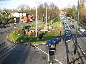 Kingston Vale - The Robin Hood roundabout