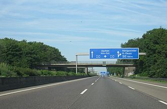 Bundesautobahn 4 - A4 heading towards Aachen at inter-section with A559 on the Cologne Beltway