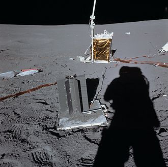 Radioisotope thermoelectric generator - A SNAP-27 RTG deployed by the astronauts of Apollo 14 identical to the one lost in the reentry of Apollo 13