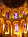 Abbaye aux Dames, chapelle éclairée.jpg