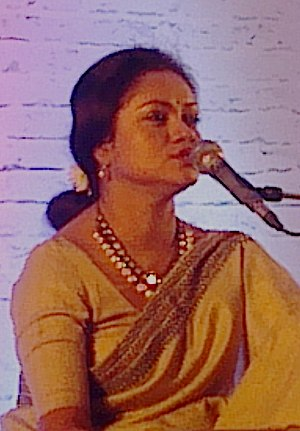 Aditi Mohsin - Adity Mohsin performs Rabindra Sangeet (Tagore's song)