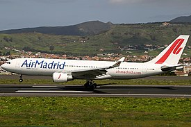 Air Madrid Airbus A330-202.jpg