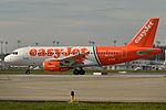 "Airbus A319-100 easyJet (EZY) ""Linate - Fiumicino per tutti"" G-EZIW - MSN 2578 (10277204475).jpg"