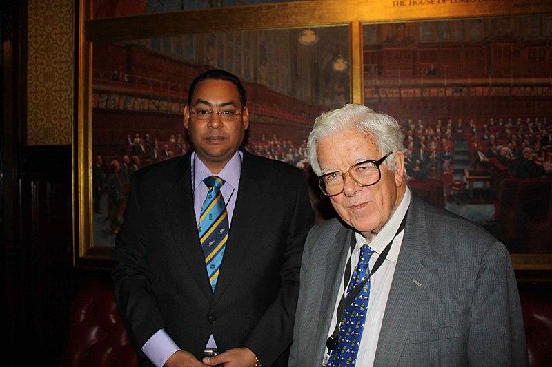 File:Albert Sydney and Lord Geoffrey Howe.jpg