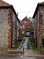 Alleyway, Cley (1) - geograph.org.uk - 1257544.jpg