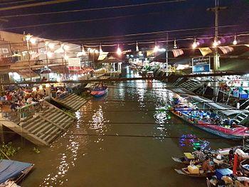 amphawa floating market wikipedia