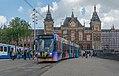 Amsterdam Centraal GVB 2090 op lijn 4 naar station RAI (34976881681).jpg