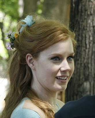 Enchanted (film) - Amy Adams received praise for her role as Giselle.