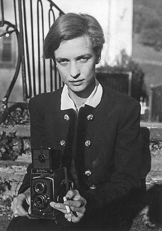 Rolleiflex - Swiss writer and photographer Annemarie Schwarzenbach using the Rolleiflex Standard 621 for a self-portrait (1930s).