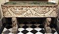 Asia minore, sarcofago con festoni e maschere, II-III sec ca..JPG