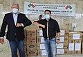 Associação de intercâmbio chinesa doa 10 mil máscaras ao GDF (49809290793).jpg