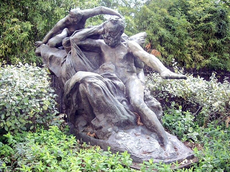 Auguste Rodin 800px-Auguste_Rodin,_Victor_Hugo_et_les_Muses,_1909
