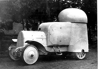 Armored car (military) - Austro-Daimler four-wheel-drive Armoured Car (1904)
