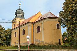 Běrunice kostel.jpg