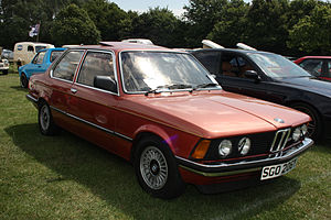 BMW 323i saloon (UK) - (1).jpg