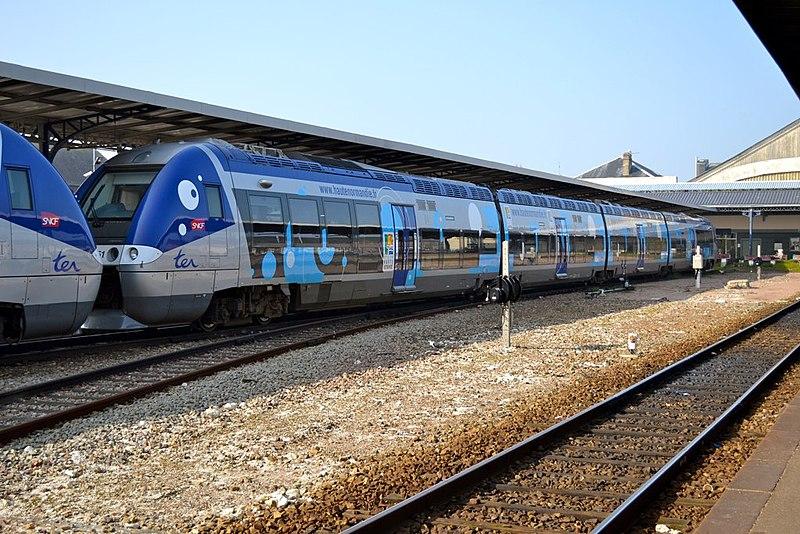 File:B 82500 SNCF - Dieppe - 2011-03-12 2 - 8Uhr.jpg