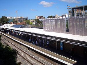 Bankstown railway station - Eastbound view in November 2007