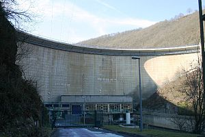 Barrage Esch-sur-Sure.jpg