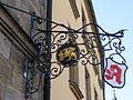 Bayreuth - Mohren-Apotheke (Nasenschild).jpg