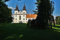 Bazilika sv. Prokopa - čelní pohled, Třebíč.jpg