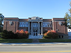 Bennington High School, Bennington VT.jpg
