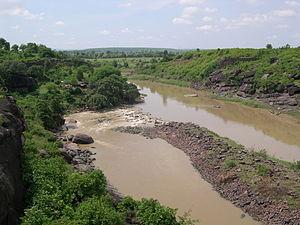 Bhojpur, Madhya Pradesh - River Betwā at Bhojpur, showing remains of the southern dam