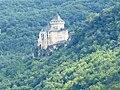 Beynac Burg - Blick zum Château de Castelnaud.jpg