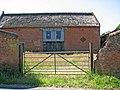 Big barn on Bramerton Road - geograph.org.uk - 1368167.jpg