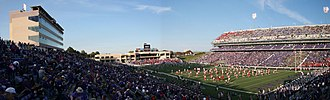 Bill Snyder Family Football Stadium - The stadium as it appeared in 2006, with the former Dev Nelson press box on the left, and former Vanier complex at center (both subsequently demolished and replaced).
