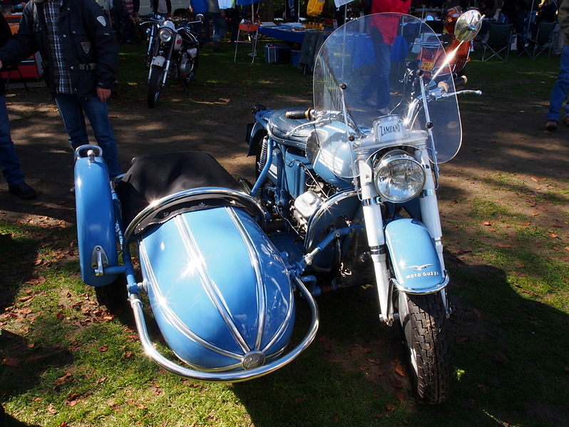 File:Blue Moto Guzzi with sidecar pic1.JPG