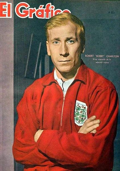 Bobby Charlton in posa per El Grafico