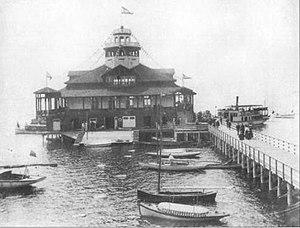 Britannia Boating Club, clubhouse c 1900 by Harmer William Morell, Pittaway.jpg