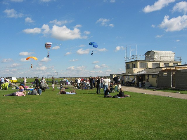 British Parachute School, Langar Airfield - geograph.org.uk - 54674