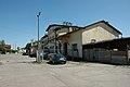 Budynek stacyjny od strony wyładowni. - panoramio.jpg